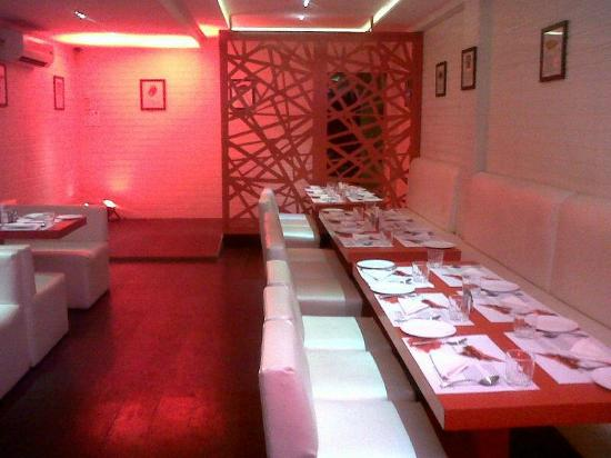 8 Restaurants In Surat To Save You From 4 Most Common First