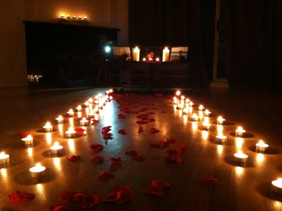 15 Great Tips To Make It A Memorable Romantic Dinner At Home Surprise Romantic Night At Home