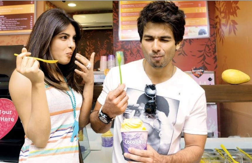 fdi-2.1-shahid-priyanka-icecream-eat-food-dessert-e1433912673646