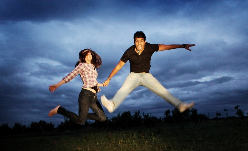 tip-2-fun-enjoy-dayte-couple-love-happy-preweddin-g-photoshoot-e1433485273995